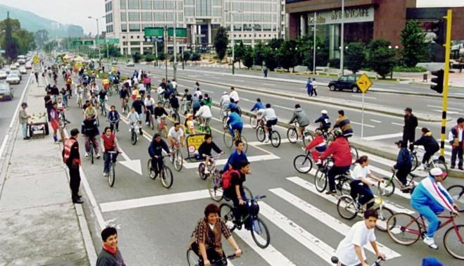 Ciclovías, или как велосипеды получили воскресный приоритет