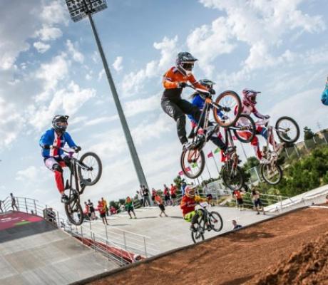 Виды соревнований BMX supercross